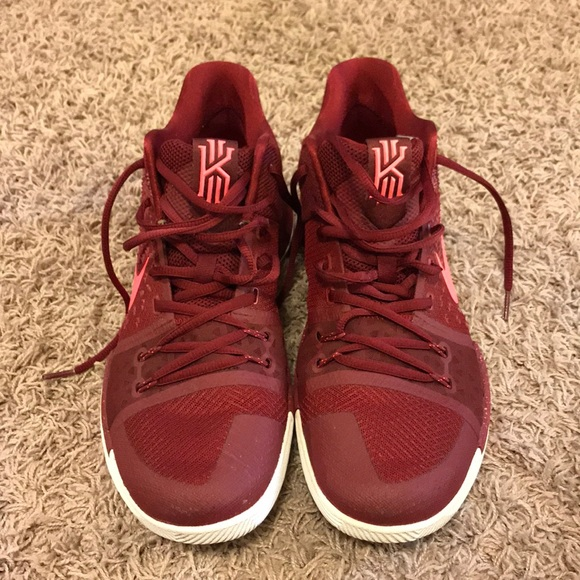 cheap for discount b944e a659f Nike Kyrie 3 Maroon Zoom